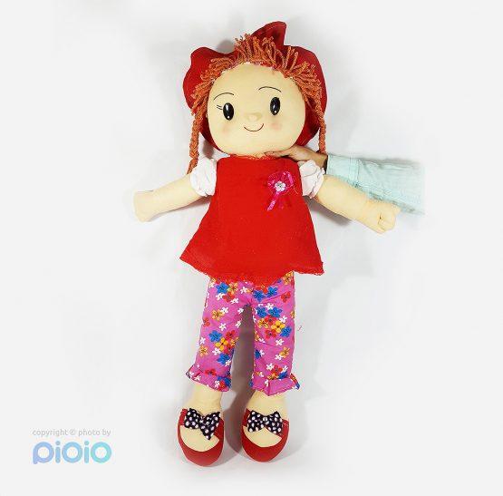 عروسک دختر کندی