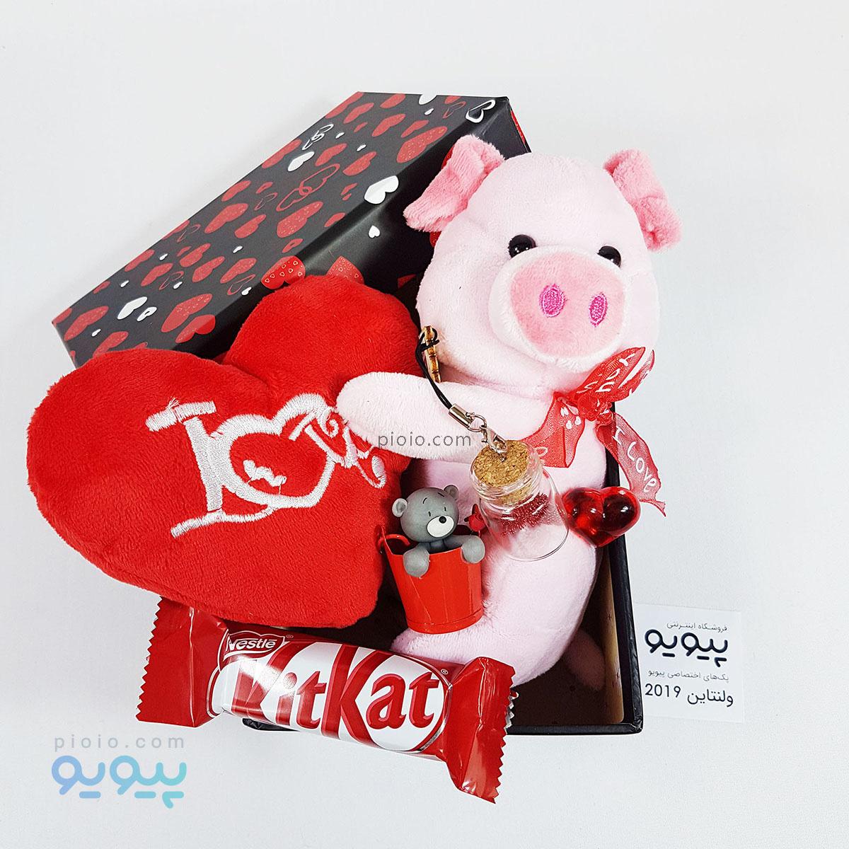 پک کادو ولنتاین با عروسک خوک نشسته ولنتاینی ارتفاع ۱۵ سانتی متر |