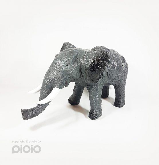 عروسک فیل پلاستیکی