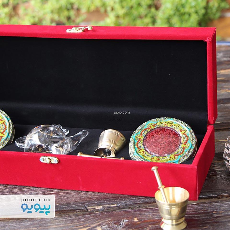 زعفران هدیه بسته بندی مخمل بزرگ