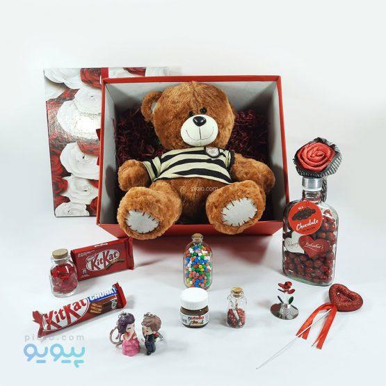 کادو ولنتاین با عروسک خرس قهوه ای