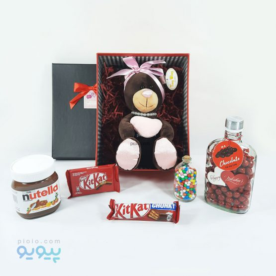 جعبه هدیه ولنتاین با عروسک خرس