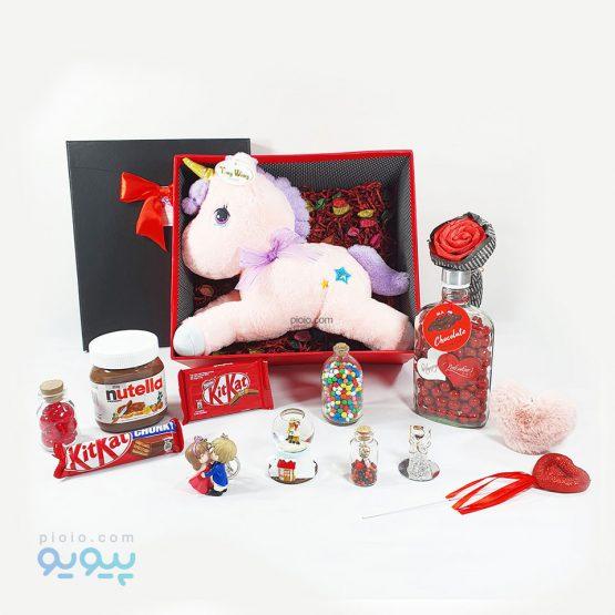 جعبه کادو ولنتاین با عروسک اسب