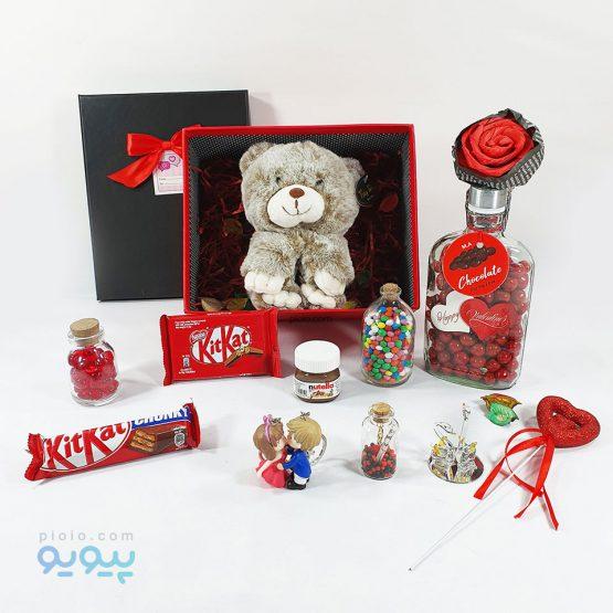 جعبه کادو آماده ولنتاین با عروسک خرس