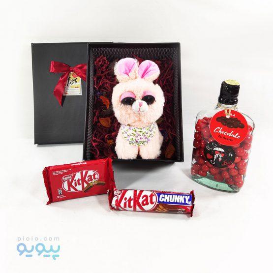 باکس هدیه با عروسک خرگوش