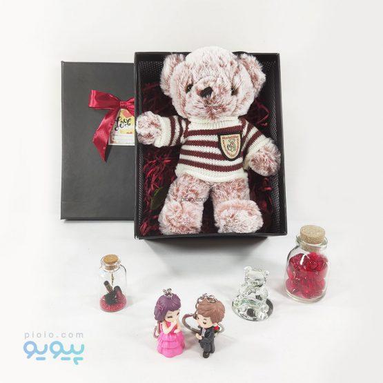 باکس کادو با عروسک خرس لباس زمستونی