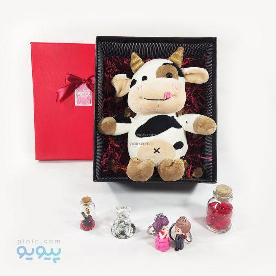 هدیه تولد با عروسک گاو شکمو