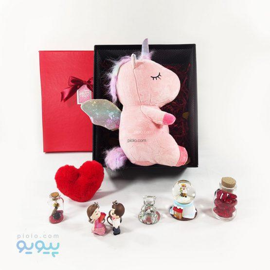 باکس کادویی با عروسک اسب تک شاخ