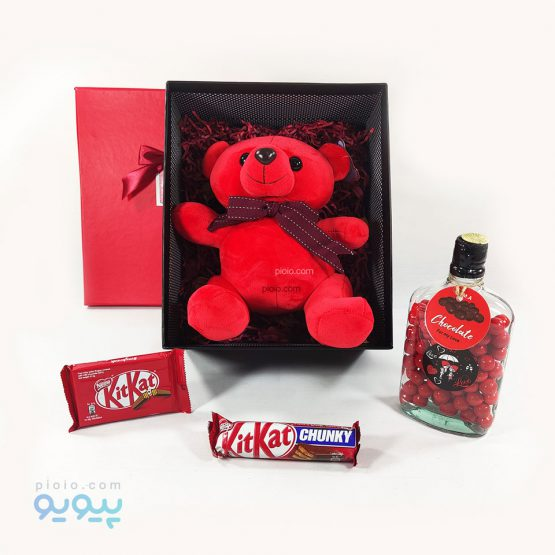باکس کادو با عروسک خرس قرمز