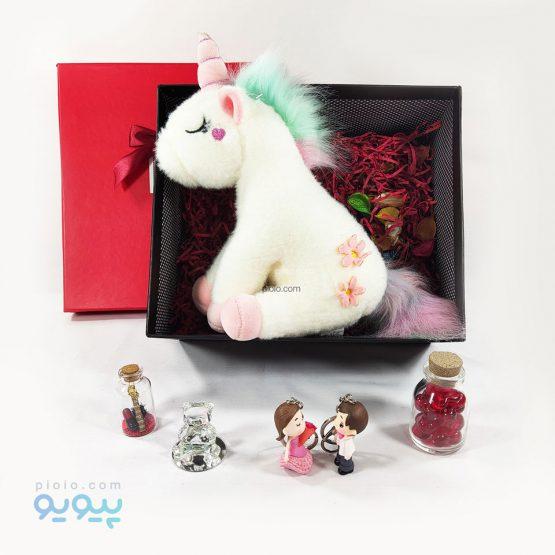 باکس هدیه با عروسک یونیکورن