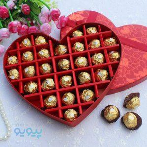 خرید اینترنتی انواع کادو ولنتاین و شکلات با کیفیت بالا